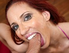 Kelly Divine Has The Deep Throat Skills To Pay The Bills