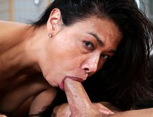 Hot Porn Star Dana Vespoli Loves To Deep Throat