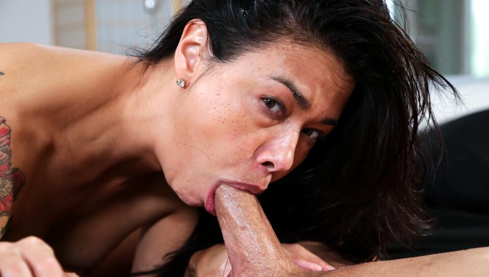 Hot Porn Star Dana Vespoli Loves To Deep Throat
